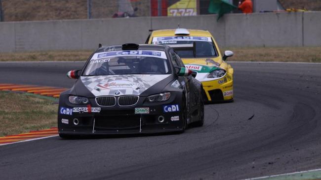 Andrea Bacci conquista gara 2 al Mugello