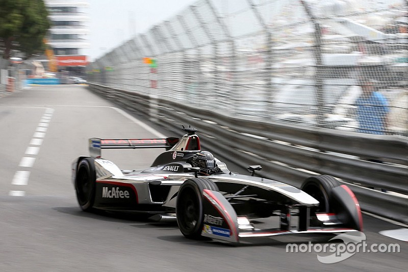 D'Ambrosio stays on with Dragon for second Formula E season
