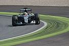 Mercedes agitata: riduce il regime del V6 di Lewis?