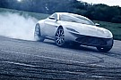 Vidéo - L'Aston Martin DB10 de James Bond en piste!