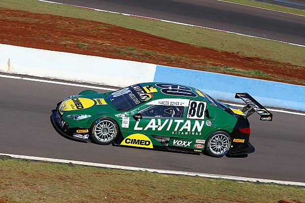 Stock Car Brasil Brazilian V8 Stock Cars: Marcos Gomes on pole by 0.017 seconds