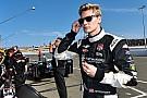 Officiel - Josef Newgarden reste chez CFH Racing en 2016