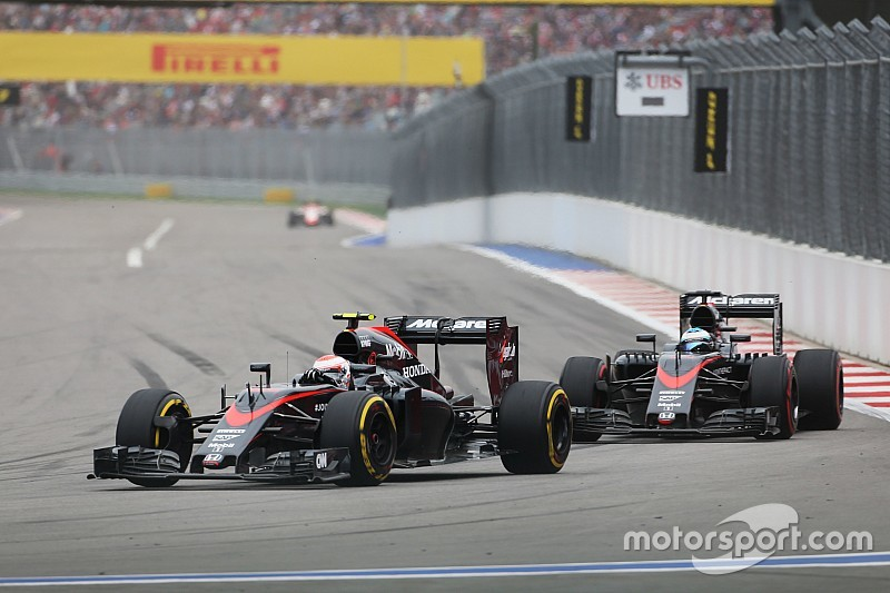 Alonso upbeat before losing point for track-limits penalty