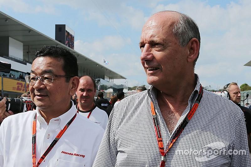 Bernie Ecclestone: Ron Dennis hindert Honda an Red-Bull-Deal