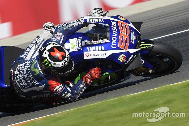 Lorenzo trots op MotoGP-titel na 'lastige race'