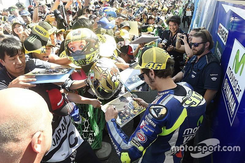 """Fans nombran a Valentino """"campeón de la gente"""""""