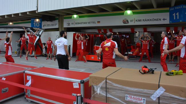 Ferrari: i meccanici curano la preparazione atletica