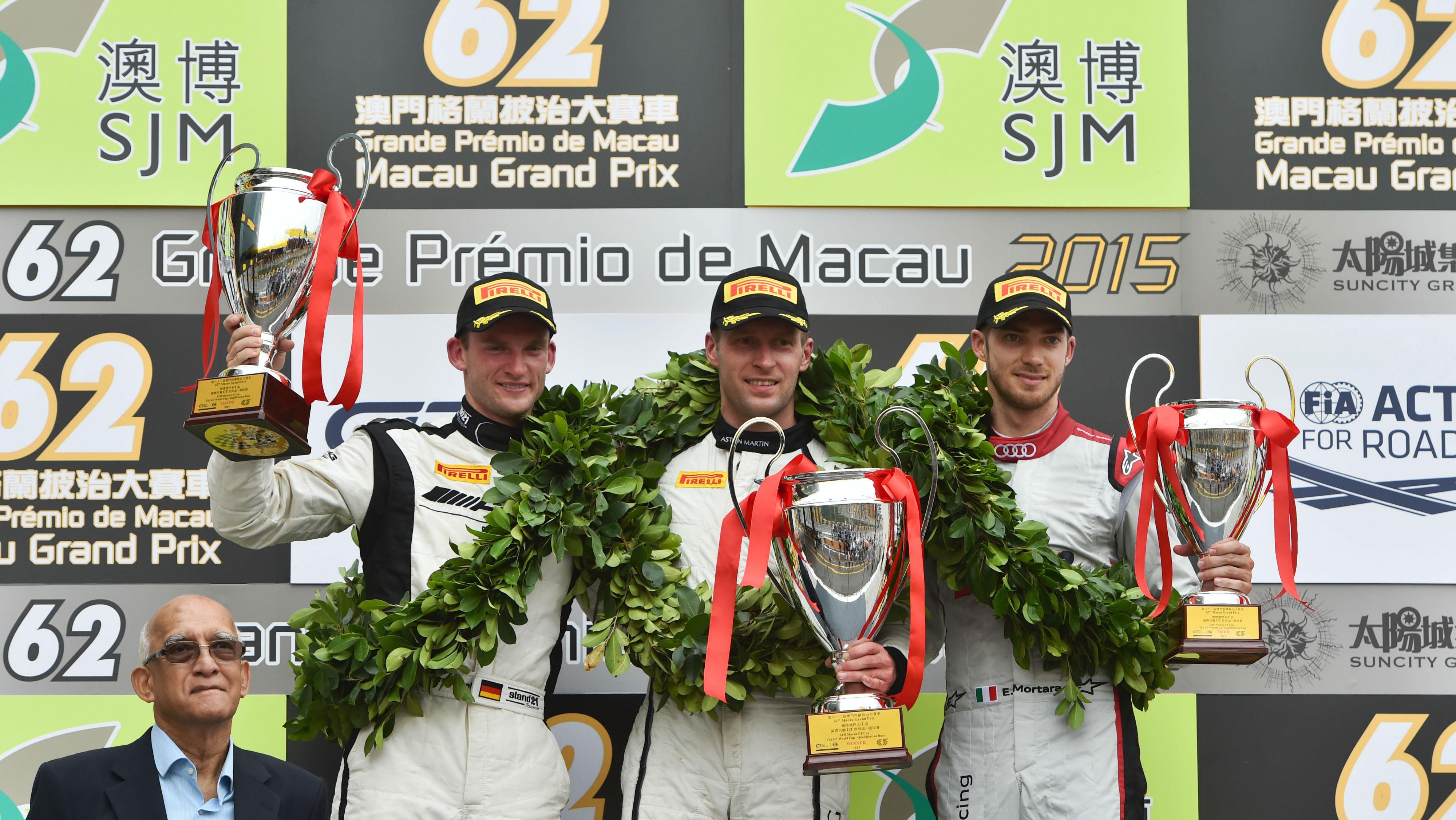 FIA GT World Cup, Maro Engel trionfa a Macao