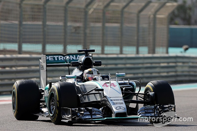 Abu Dhabi GP: Hamilton outpaces Rosberg in FP1