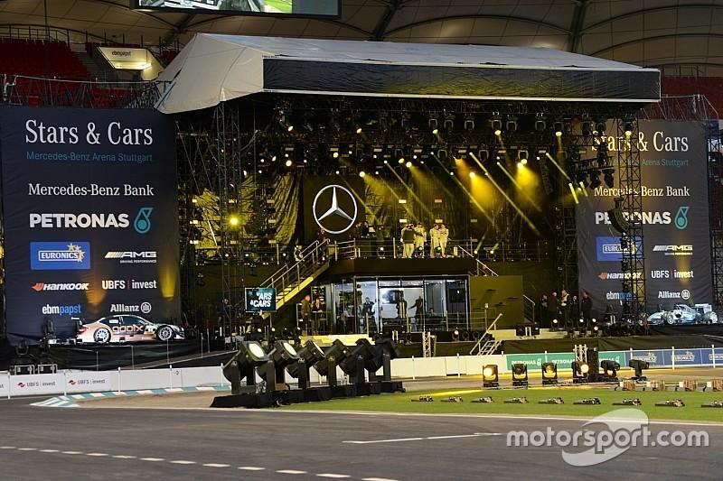 Прямой эфир: шоу Stars & Cars