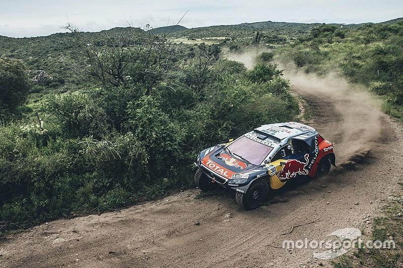 Satisfaction chez Peugeot malgré une alerte pour Sainz