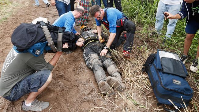 Dakar, gamba sinistra fratturata per Julio Estanguet