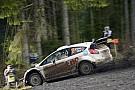 Henning Solberg al Rally di Svezia con una Fiesta RS