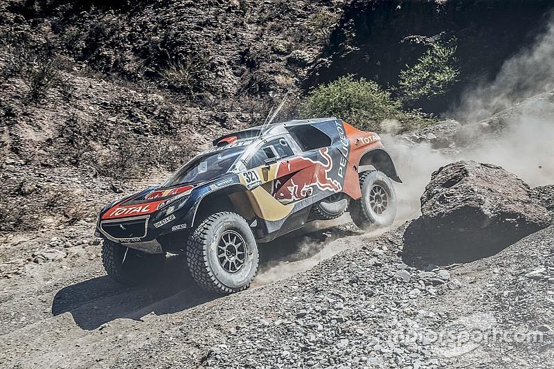 Teamspirit boven alles: Despres helpt Loeb en verliest zelf plaatsen