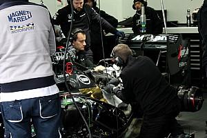 Fórmula 1 Últimas notícias McLaren enfrenta problemas no 2º dia de testes na França