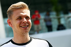 Formula 1 Breaking news Magnussen Renault F1 deal 'done', claim sources