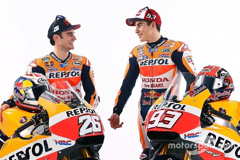 Márquez y Pedrosa presumen en Twitter la presentación de Honda