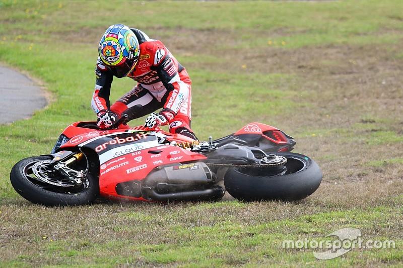 Дэвис не расстроен падением в конце второй гонки