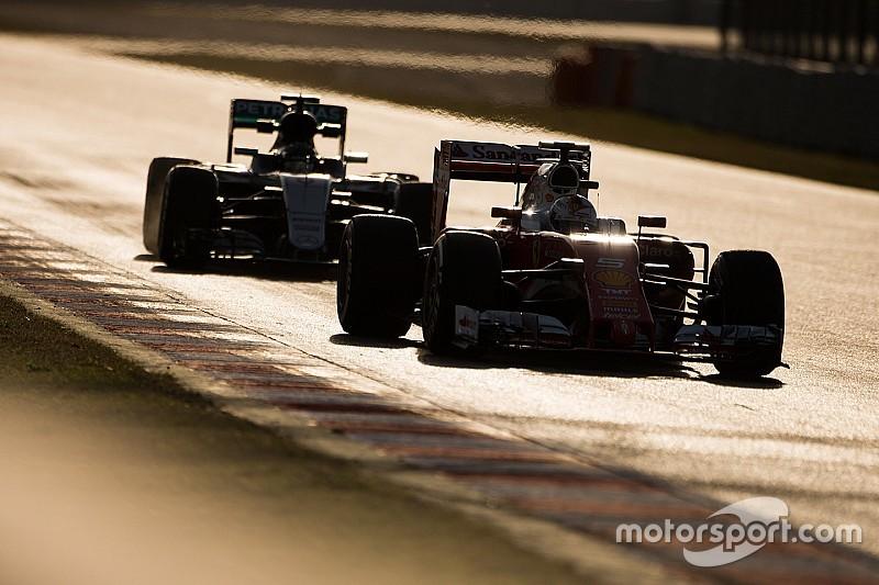 Mercedes может уступать Ferrari в начале сезона, опасается Росберг