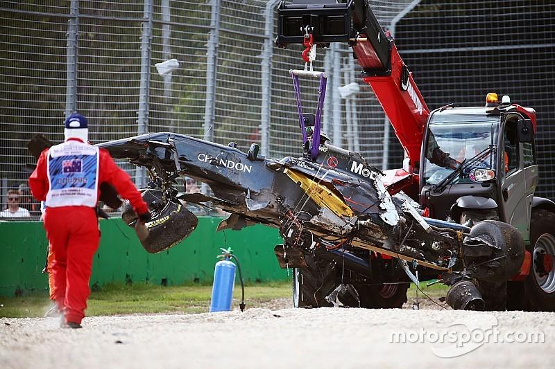 Australische Grand Prix stilgelegd na zware crash Alonso