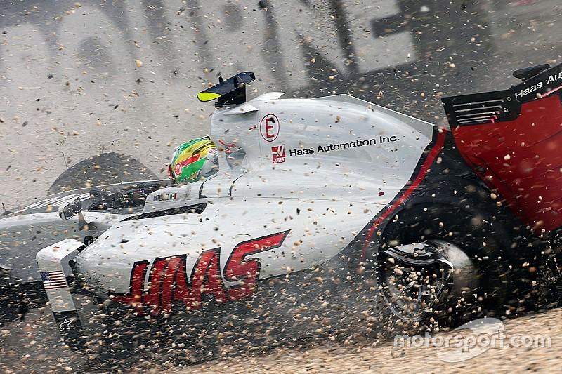 Gutiérrez dice que su chasis se dañó por la grúa, no por Alonso
