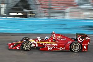 IndyCar Résumé de course Scott Dixon ravi après une