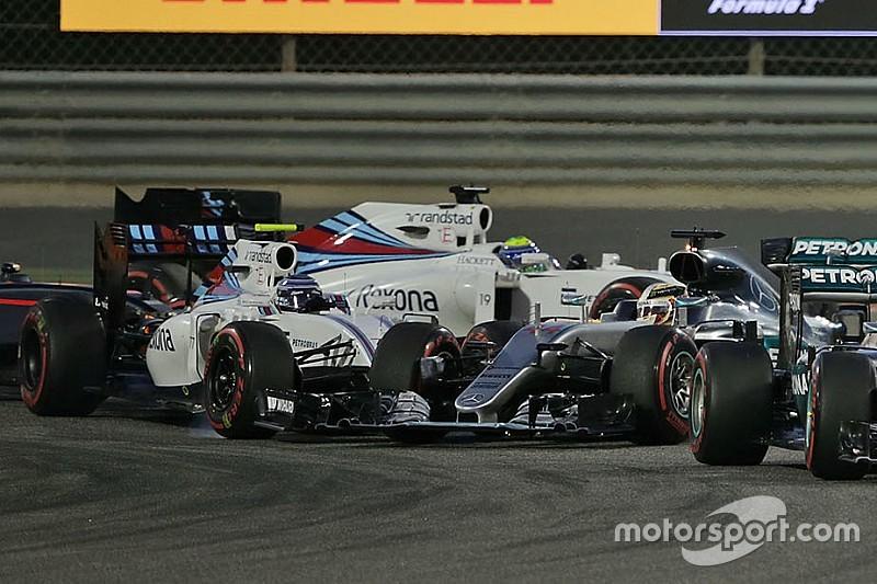 """Hamilton: """"Dopo l'urto di Bottas la mia W07 era più lenta fino a 1""""5"""""""
