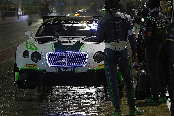 Victoire surprise de Bentley lors de la course qualificative