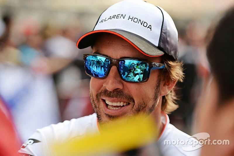 Alonso faz novo exame e é totalmente liberado para GP