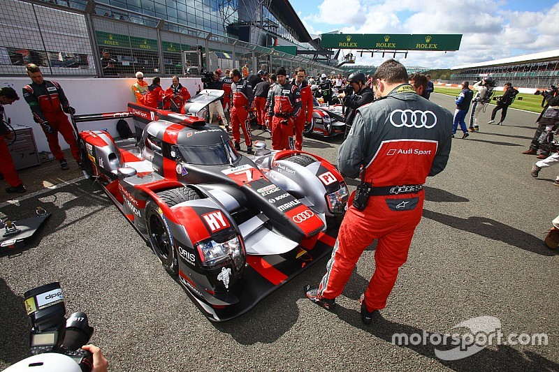 Экипаж Audi дисквалифицирован, победа присуждена Porsche