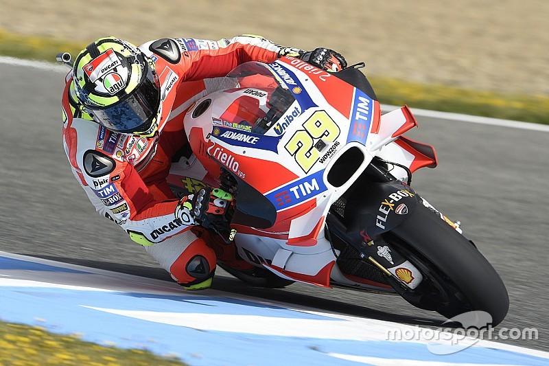 Соперники завидуют разработкам Ducati, считает Янноне