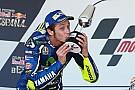 Rossi wint Spaanse Grand Prix in 'Lorenzo-stijl'