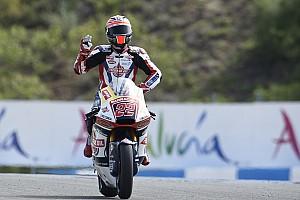 Moto2 Rennbericht Moto2 in Jerez: Sam Lowes ringt Jonas Folger nieder und siegt