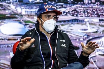 """Fernando Alonso: Noch """"sehr weit"""" weg von einem Podium"""