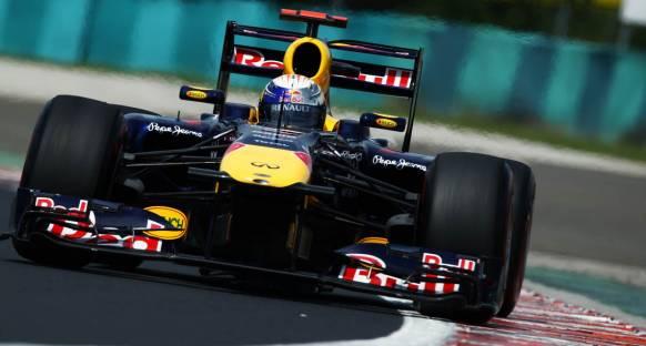 Red Bull Vettel ile pole pozisyonlarına ambargo koydu