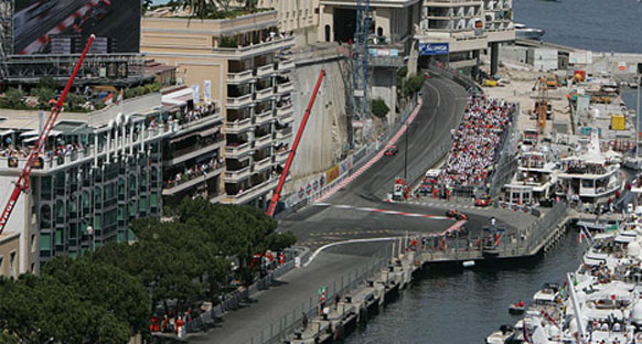 F1 camiası Monako için yollara düştü
