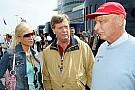 Lauda: 'Hamilton böyle giderse mağlup edilemez'