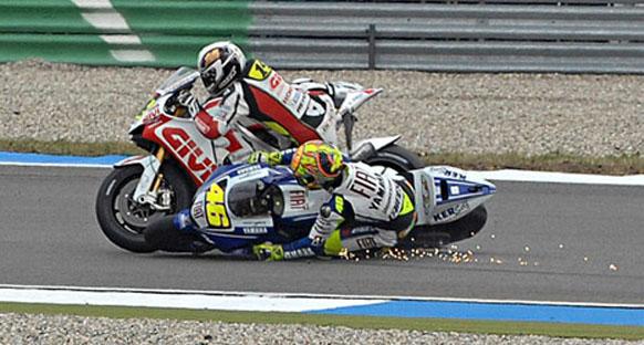 Rossi, ilk turdaki kazadan dolayı özür diledi