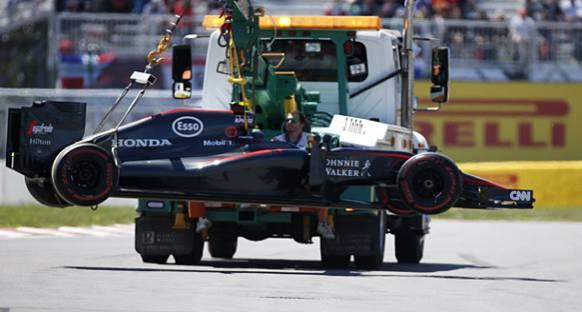 McLaren-Honda gelirlerinin düşmesinden endişeli