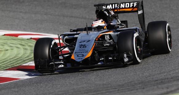 Force India güncel paketi Singapur'da kullanacak