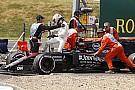 McLaren ilk tur kazalarından şikayetçi
