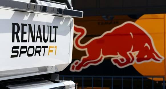 Horner: 'Renault zor durumda'