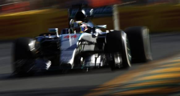 Sezonun ilk pole pozisyonu Hamilton'ın
