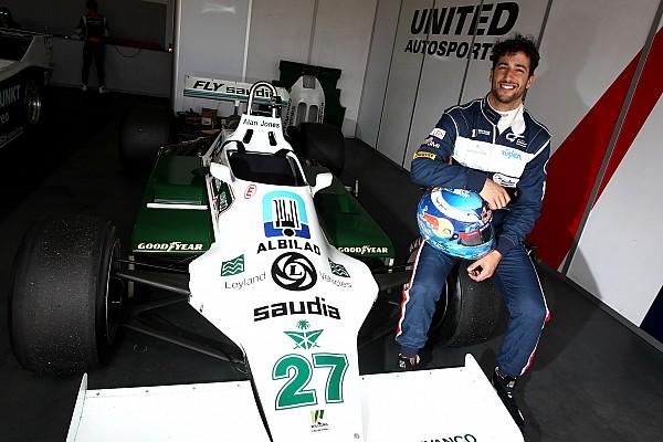 Lach van Ricciardo keert terug na dagje spelen met de Williams FW07