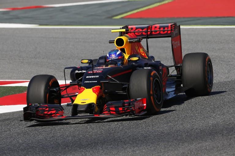 Horner: Verstappen Vettelre emlékeztet az első edzés alapján