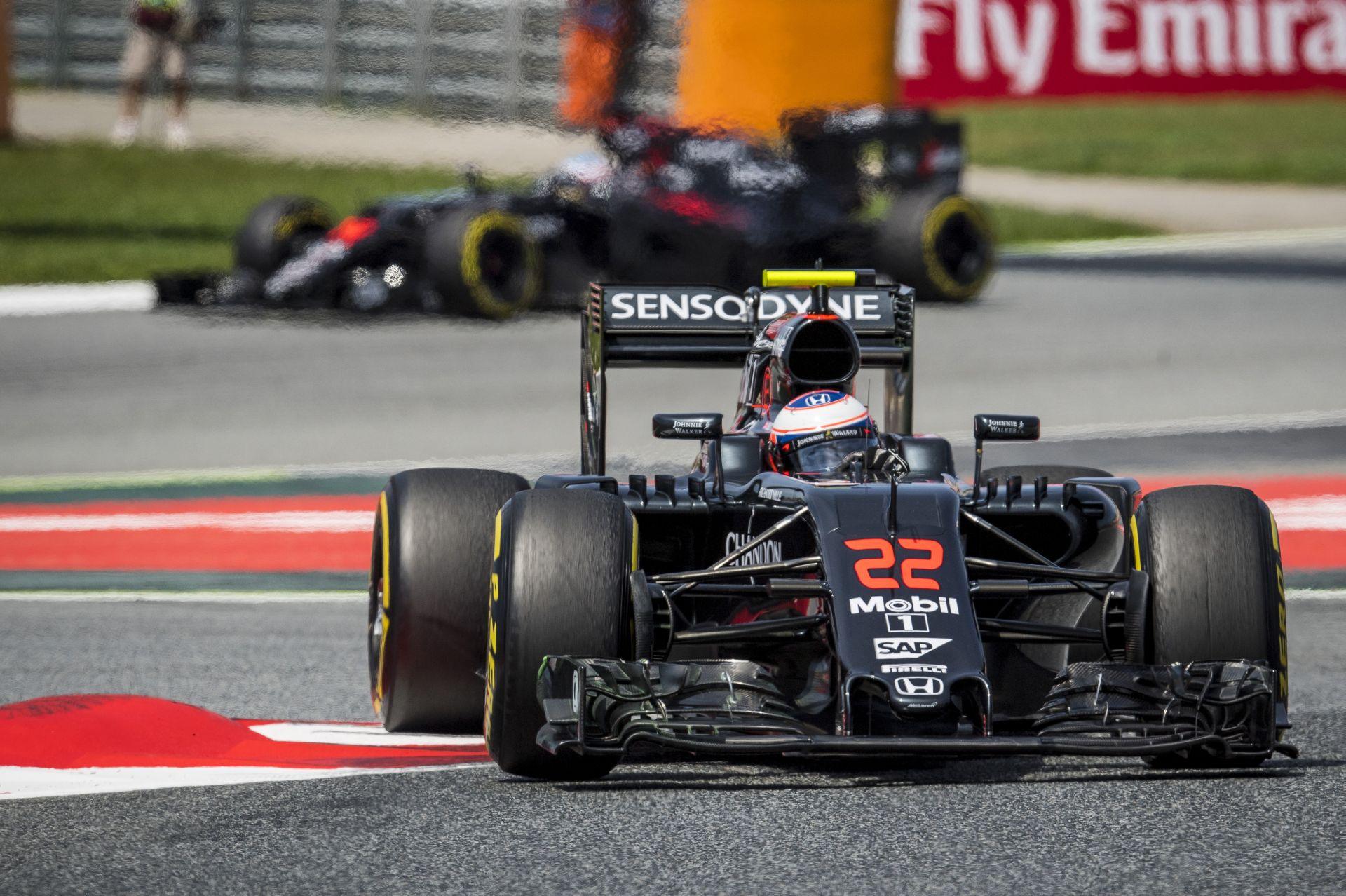 A McLaren-Honda már most a 2017-es autón dolgozik!