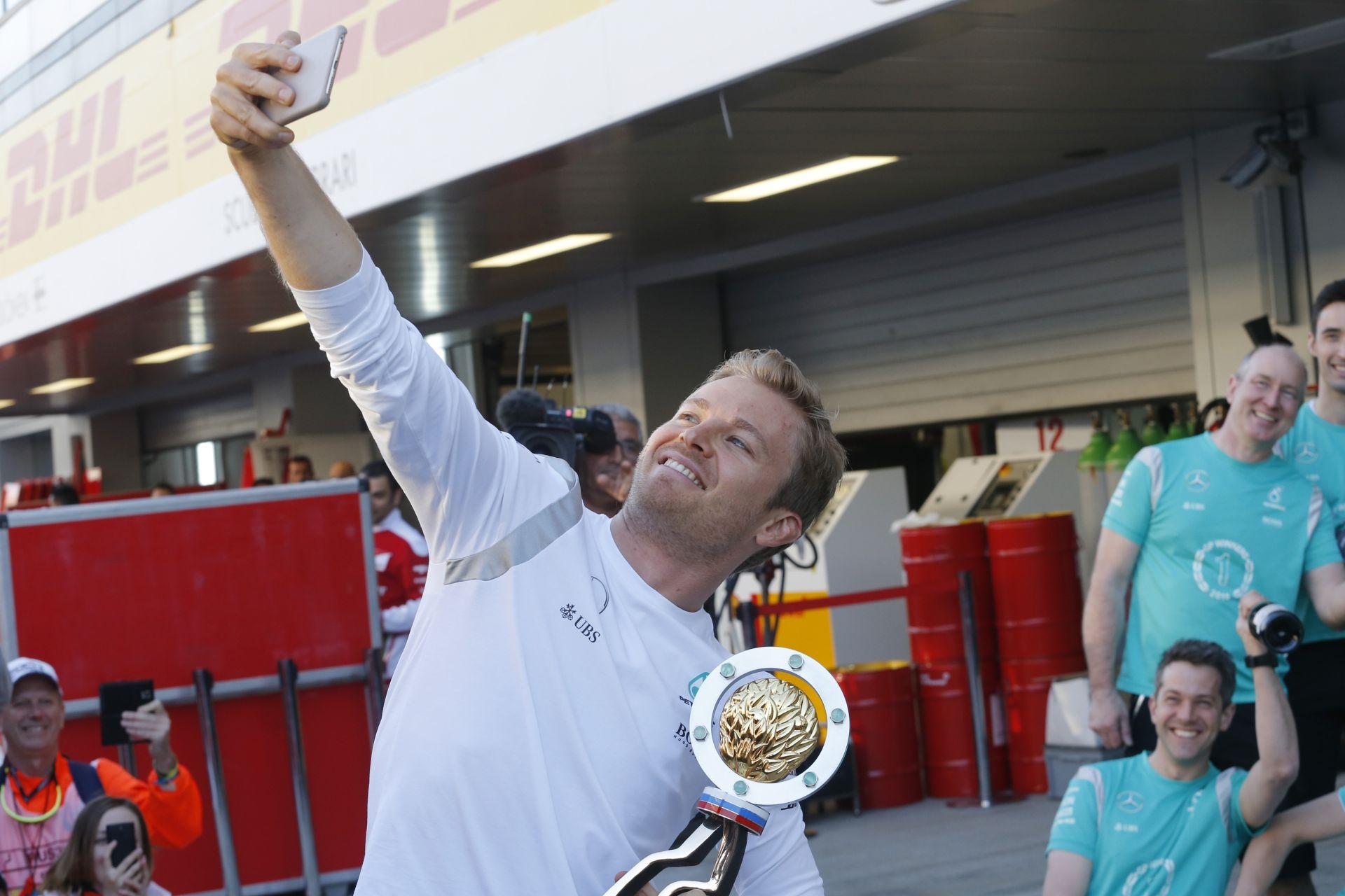 Miért menne Rosberg a Ferrarihoz, amikor Vettel már két éve ott van?!