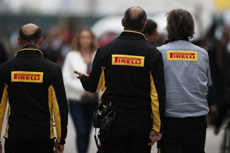 A Pirelli megegyezett a csapatokkal - valószínűleg 3 tesztautó lesz!