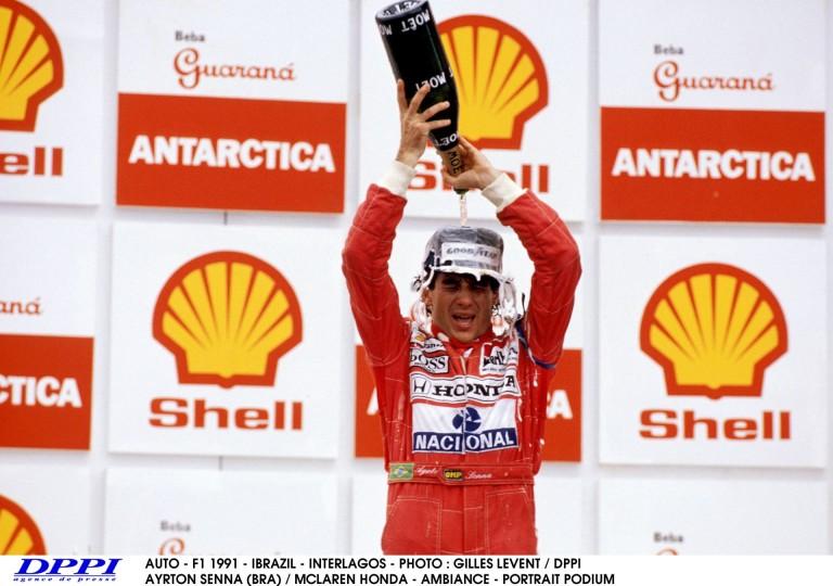 25 éve ezen a napon nyert Senna Brazíliában a McLaren-Hondával