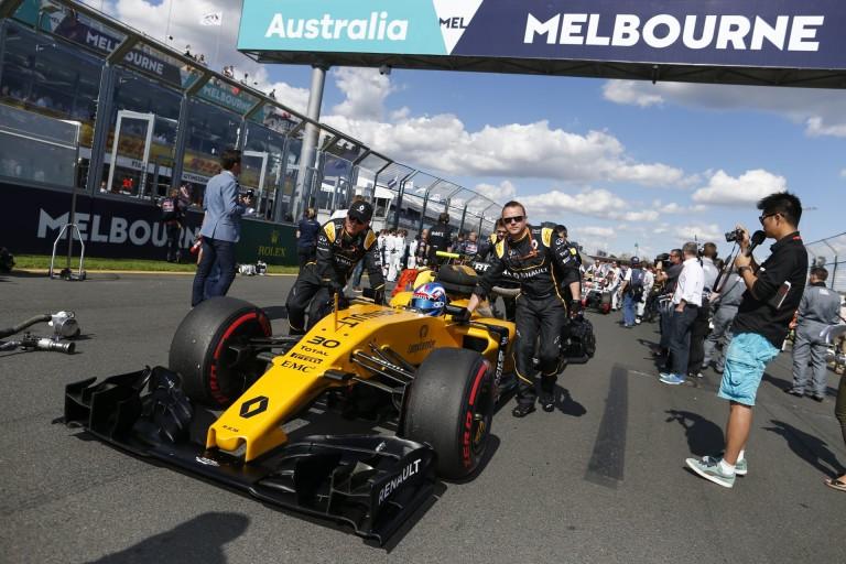 A Renault nem hitt a szemeinek, hogy a Force Indiával és a Williamsszel harcolt Ausztráliában